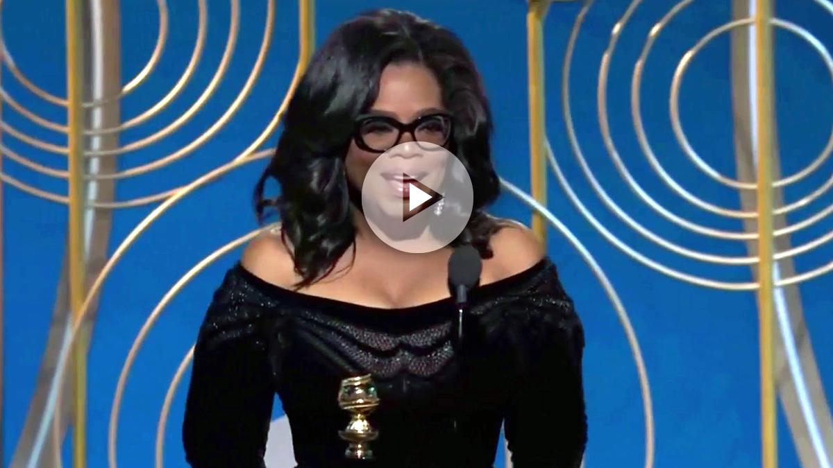 Oprah Winfrey, con el galardón Cebil B. Demille recibido en los Globos de Oro a toda su carrera.