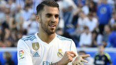 Dani Ceballos celebra uno de sus goles al Alavés. (AFP)