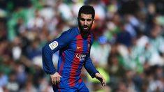 Arda Turan podría salir del Barcelona. (Getty)