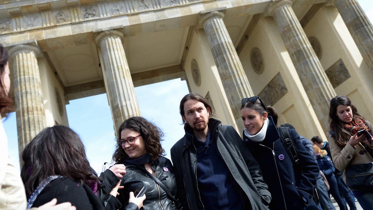Pablo Iglesias junto a Irene Montero en Berlín. (Foto: Podemos)