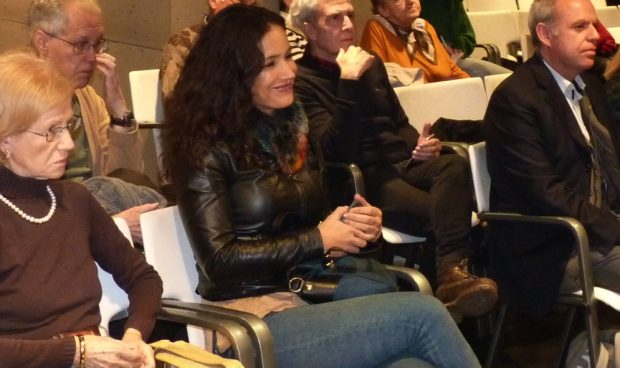 """Carmona presenta el libro del padre de Villacís y explica: """"La política me retiró de la literatura"""""""