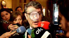 El Ministro de Energía, Turismo y Agenda Digital, Álvaro Nada, atendiendo a los medios. (Foto: Francisco Toledo)