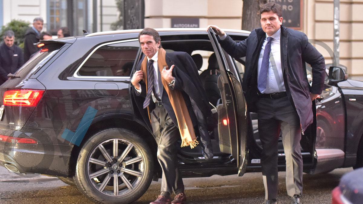Aznar llegando al hotel Santo Mauro. Foto: GTRES