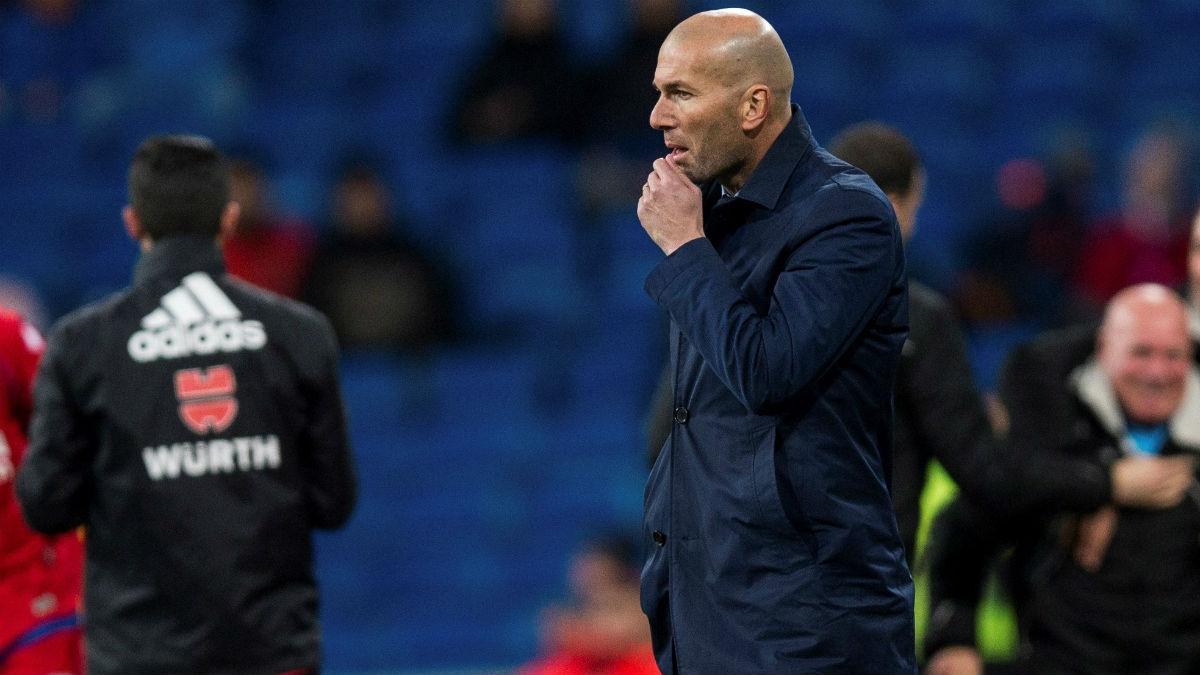 Zidane durante el Real Madrid-Numancia. (EFE)