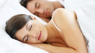 Para adelgazar hay que tener una buena dieta y hacer ejercicio, pero también dormir bien.