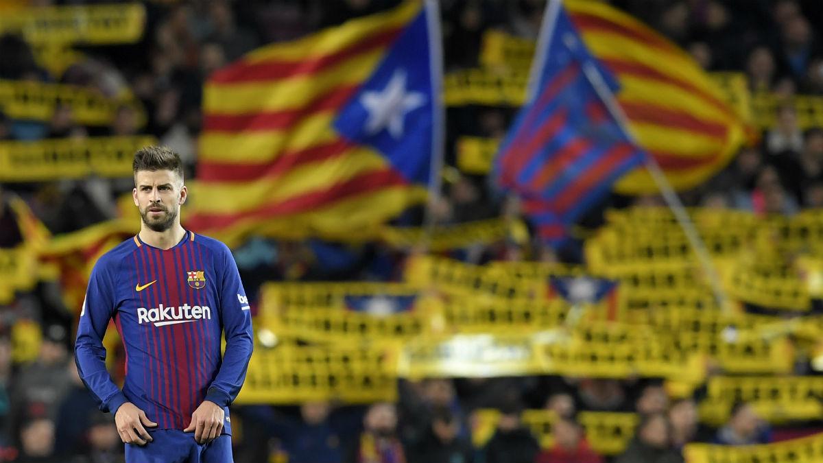 Piqué, en un aquelarre independentista del Camp Nou. (AFP)