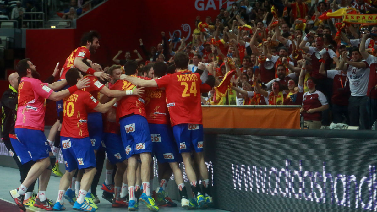 Los Hispanos celebran un triunfo en el Europeo de 2016. (Getty)