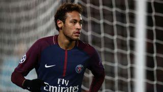 Neymar, durante un encuentro con el PSG (Getty)