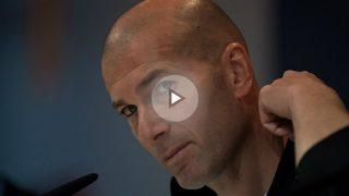 Zidane en la sala de prensa de Valdebebas.