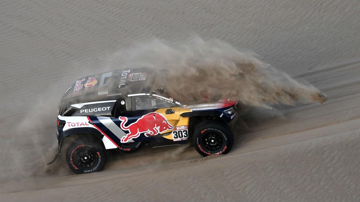 Carlos Sainz durante el Dakar 2018. (AFP)
