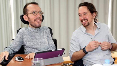 Pablo Echenique y Pablo Iglesias en el Consejo Ciudadano Estatal de Podemos. (Foto: EFE)