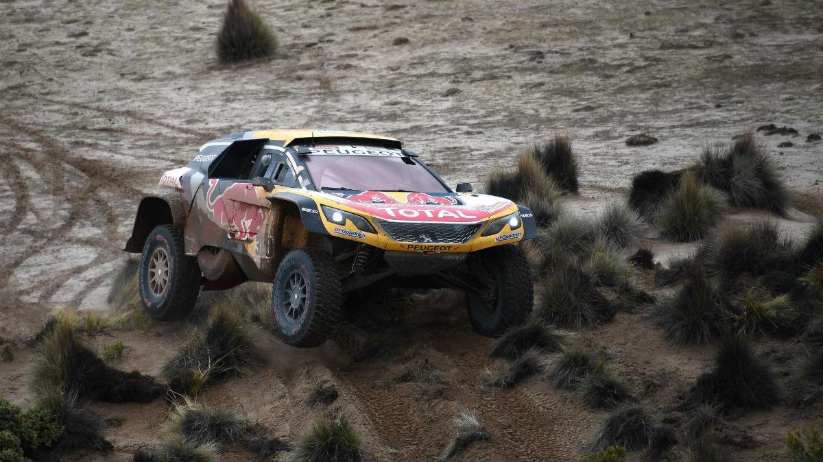 El Dakar suspende la jornada del lunes. (AFP)