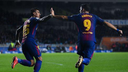 Paulinho y Suárez, goleadores ante la Real. (Getty)
