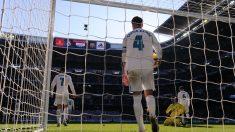 Ramos durante un gol en Clásico (Getty)
