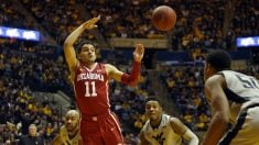 Trae Young, en un partido con la universidad de Oklahoma. (Getty)