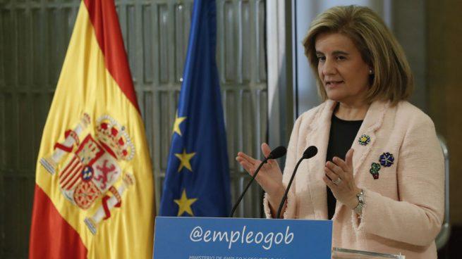 Báñez señala la maternidad como causa de la brecha salarial y avanza medidas de transparencia salarial