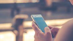 Teléfono móvil utilizado para finanzas