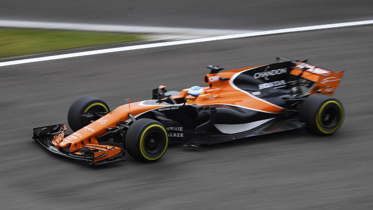 La falta de experiencia en la actual Fórmula 1 ha sido la causa del desastre de Honda como motorista de McLaren, según el CEO de los británicos, Zak Brown. (Getty)