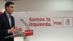 Pedro Sánchez en la sede del PSOE en Ferraz