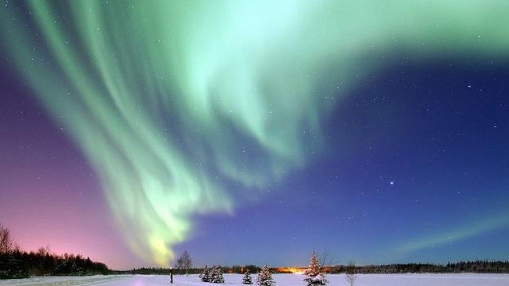 Encontramos el geográfico, el magnético, el geomagnético y el de Alaska.