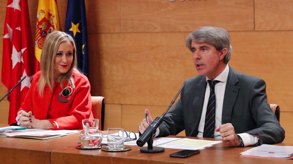 La presidenta Cristina Cifuentes y Ángel Garrido, consejero de Justicia y Presidencia (CAM).