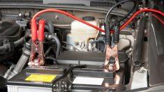 Arrancar un coche sin batería es posible gracias a las famosas pinzas, cuya manipulación requiere una serie de cuidados y directrices que has de tener en cuenta si quieres evitar una desgracia.