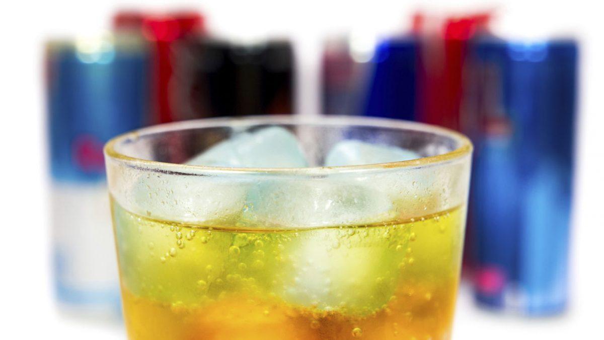 Las bebidas energéticas y su impacto en la salud