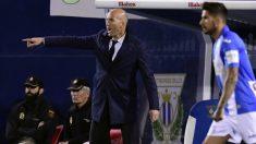 Zidane, en un partido en Butarque. (AFP)