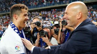 Zidane y Cristiano celebran La Duodécima. (AFP)