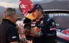 Carlos Sainz rompe su gafe: pinchó y acabó la carrera en tercera