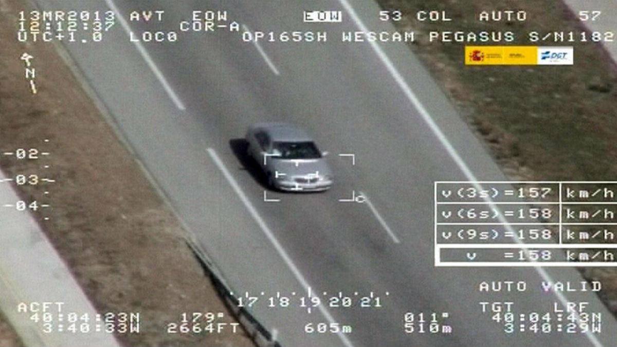 Identificar al conductor responsable de una infracción al volante es imprescindible para que la DGT pueda poner la multa correspondiente de forma legal. (Getty)