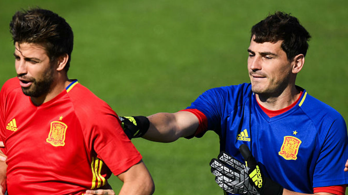 Piqué y Casillas en un entrenamiento de la Selección (Getty).