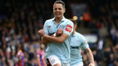 Chicharito celebra un gol con el West Ham. (Getty)