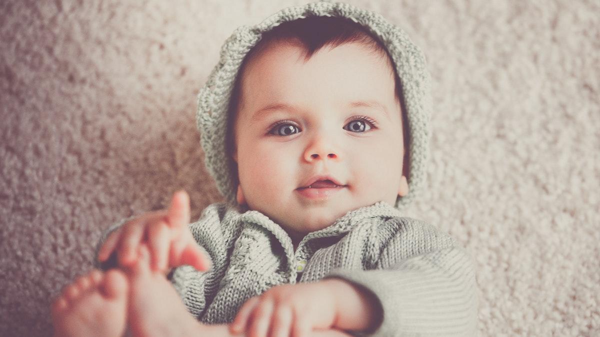 Conoce cuáles son las claves de la evolución del lenguaje del bebé