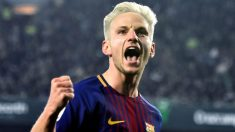 Ivan Rakitic celebra con rabia el primer gol del Barcelona. (EFE)