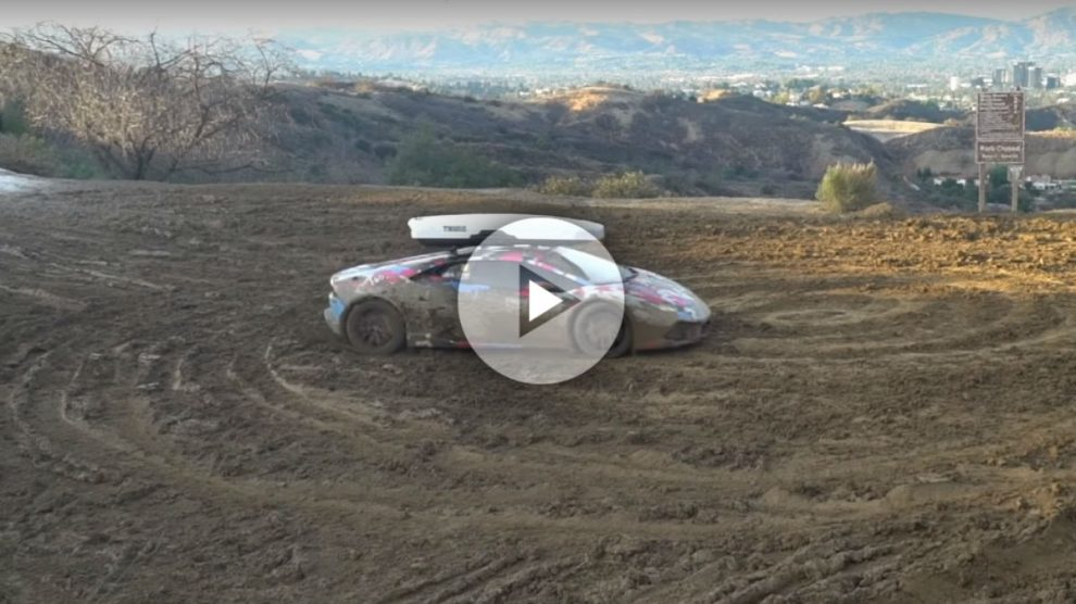 A pesar de que sus cualidades son muchas e innegables, lo cierto es que un Lamborghini Huracán puede tener serias dificultades para salir airoso de algunas situaciones.
