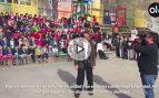 Vídeo del alcalde de Vigo mientras los alumnos del CEIP Lope de Vega le cantan