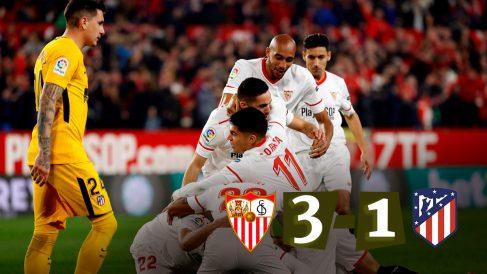 Los jugadores del Sevilla celebran un tanto.