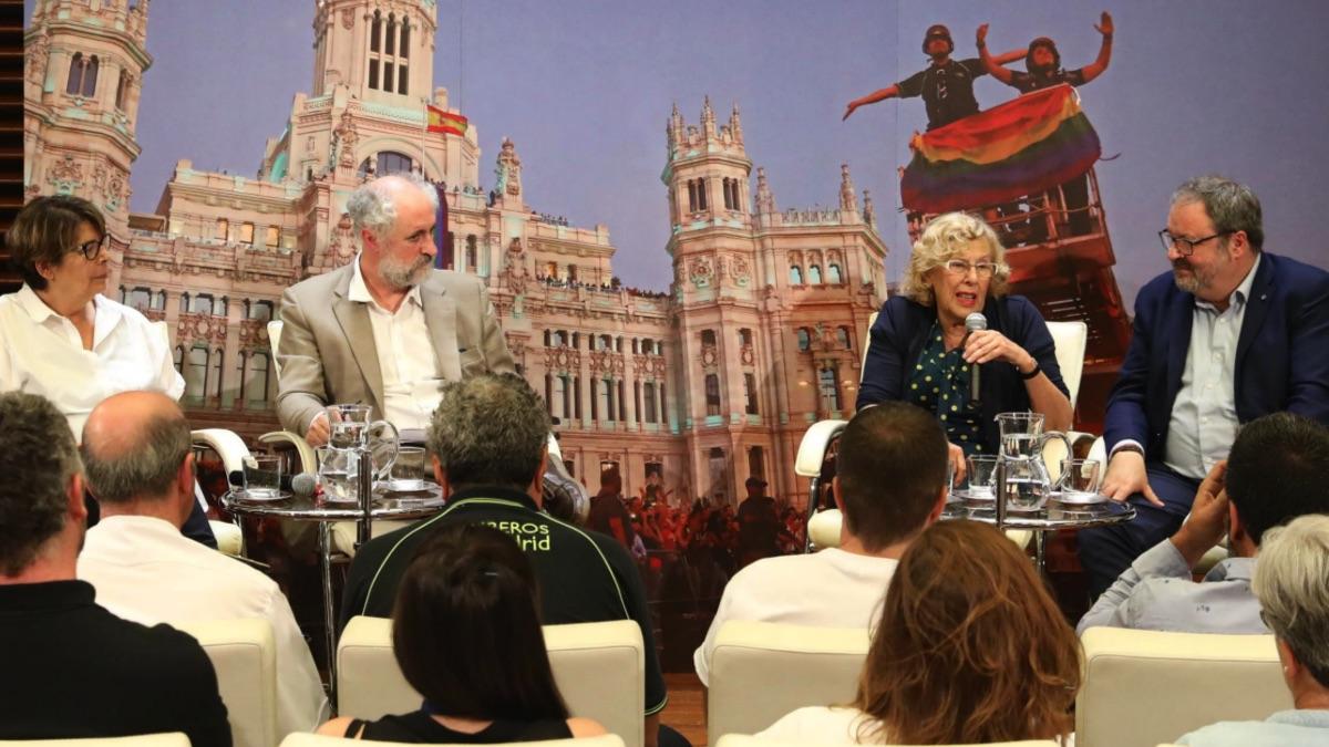 Inés Sabanés, Luis Cueto, la alcaldesa Manuela Carmena y Javier Barbero. (Foto: Madrid)