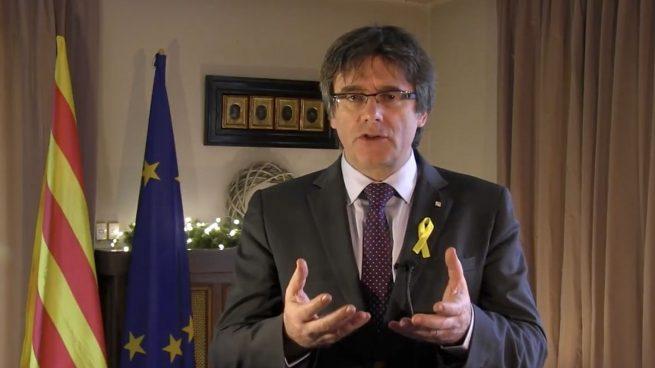 Carles Puigdemont, dando su discurso de Año Nuevo desde Bruselas.