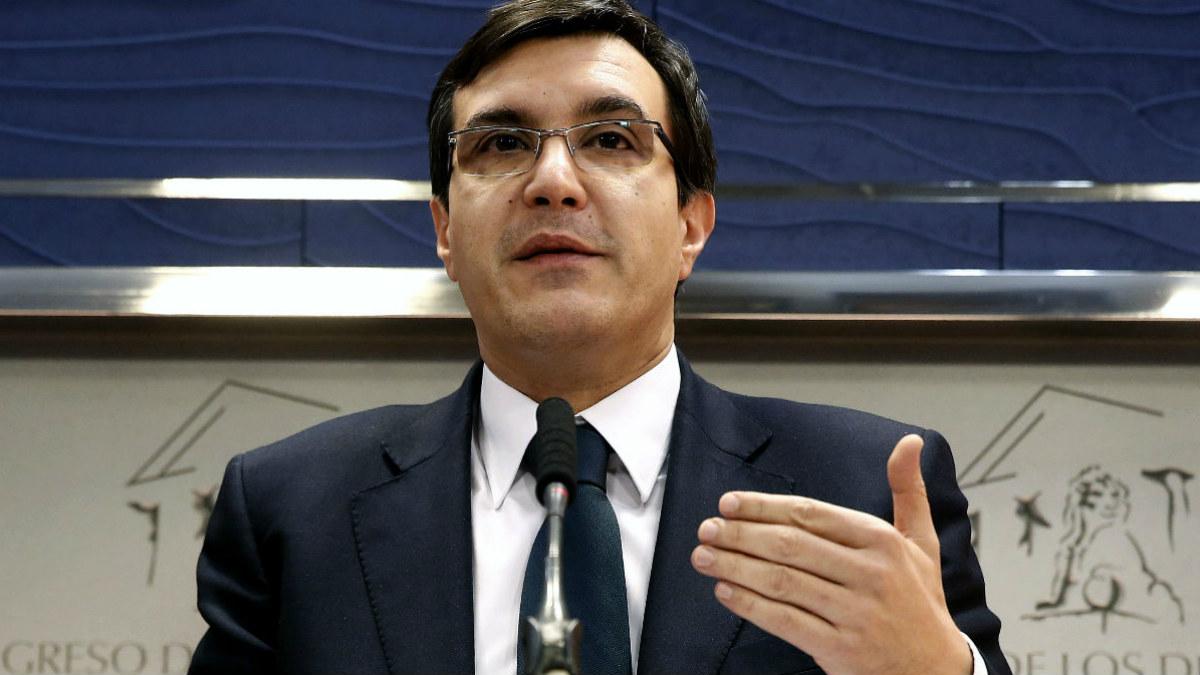El diputado José Luis Ayllón.