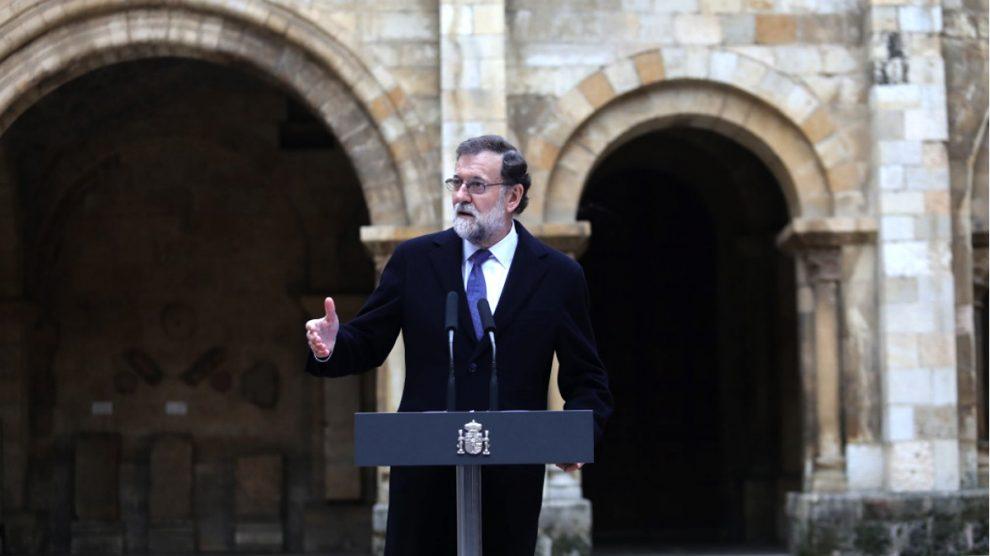 El presidente del Gobierno, Mariano Rajoy, en la Colegiata de San Isidoro, en León.