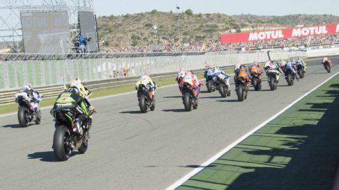 El campeonato del mundo de MotoGP contará en un futuro no muy lejano con una carrera urbana en su calendario, del que podrían desaparecer dos de las citas españolas. (Getty)