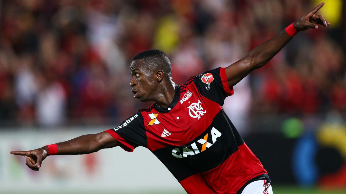 Vinicius Junior celebra un gol con el Flamengo. (Getty)