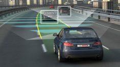 La conducción autónoma puede verse afectada incluso por el color de la carrocería de los vehículos, ya que las señales que emiten este tipo de vehículos pueden reflejarse de forma diferente en función de ello.