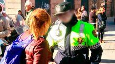 El guardia urbano al que persigue Ada Colau.
