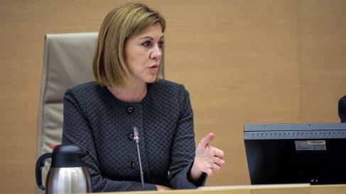 La ministra de Defensa, María Dolores de Cospedal, ante la Comisión de Defensa del Congreso. (EFE)