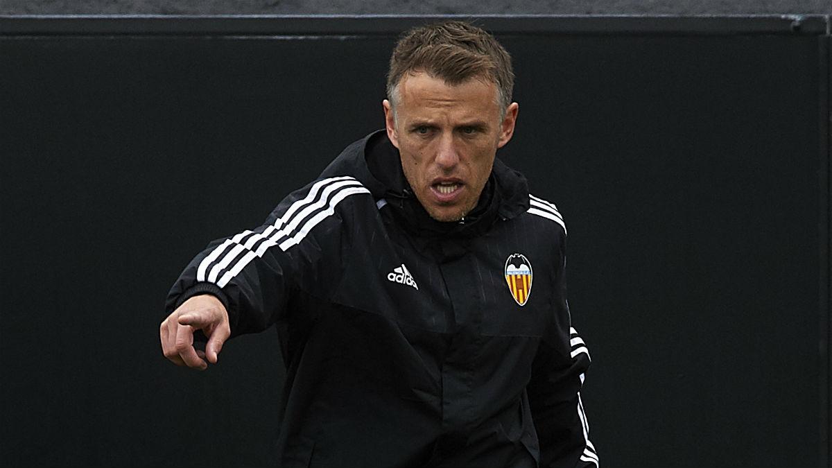 Phil Neville durante un entrenamiento con el Valencia. (Getty)