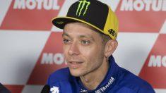 Valentino Rossi ha reconocido que quiere seguir compitiendo en MotoGP más allá de esta temporada, descartando por tanto una hipotética retirada a la finalización de su actual contrato con Yamaha. (Getty)