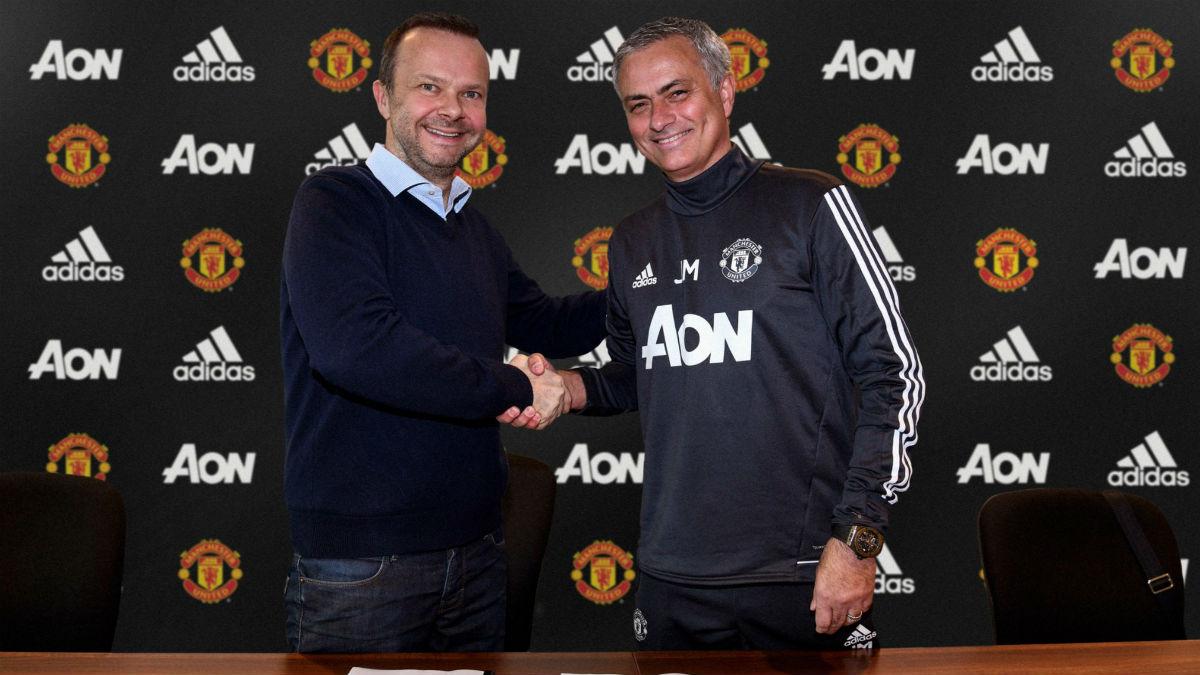 José Mourinho renueva con el Manchester United. (@ManUtd)